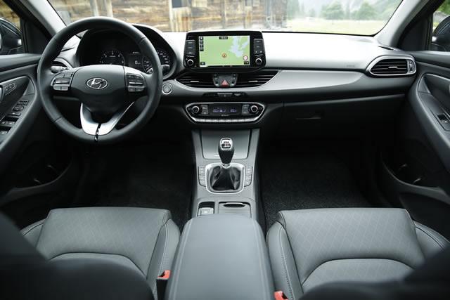 Bei Unfällen schützen die Airbags die Fahrzeuginsassen vor dem ungedämpften Aufschlag.